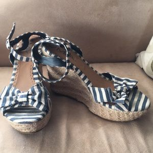 Nautical ankle strap wedge sandals ⚓️